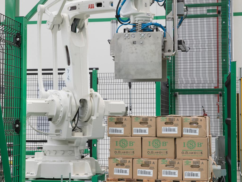 The storage system: automation and robotics combined