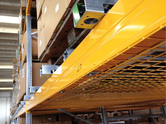 Flow-rail racking