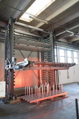 Vertical lift module for metal sheet Steel Tower