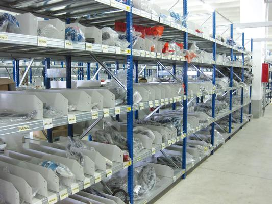 Single up-right racking system M90